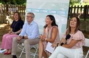El vicepresidente de la Xunta, Alfonso Rueda, acompañado por la secretaria general de la Igualdad, Susana López Abella, asistió esta mañana en Mos a la presentación del programa de subvenciones para el fomento de la contratación de mujeres víctimas de violencia de género