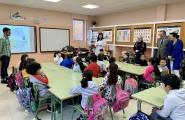 Balseiro celebra con el alumnado del CEIP Paradai de Lugo el Día internacional de la mujer y la niña en la ciencia