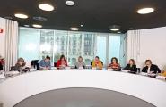 A secretaria xeral da Igualdade, Susana López Abella, destacou a importancia destas mesas para acadar unha maior eficacia e coordinación de todos os axentes implicados na loita contra a violencia de xénero a nivel municipal