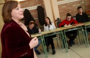 Susana López Abella, impartió hoy una charla al alumnado del ciclo superior en Promoción e Igualdad de género del CIFP A Xunqueira