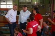 O vicepresidente da Xunta, Alfonso Rueda, visitou hoxe o Centro de Información á Muller de Sanxenxo e a ludoteca itinerante