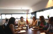 La secretaria general de Igualdad, Susana López Abella, se reunió esta mañana con representantes de la Red Gallega de Lucha contra la Trata de Mujeres