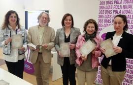 A secretaria xeral da Igualdade, Susana López Abella, presentou hoxe este manual que contén unha escolma de 51 obras literarias