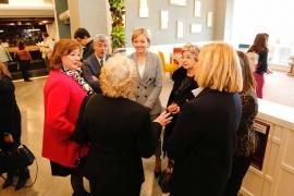 Fabiola García salienta a contribución das viúvas para o avance social de todas as mulleres