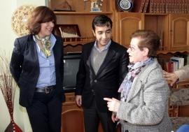 Tres centros de Ferrol incorporan un servizo de teletradución a 51 idiomas para mellorar a atención ás mulleres estranxeiras