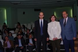 A secretaria xeral de Igualdade, Susana López Abella, e o delegado territorial Xunta en Ourense, Rogelio Martínez, presentaron esta mañá o programa de axudas e subvencións deste ano