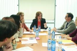 A secretaria xeral da Igualdade, Susana López Abella, presidiu hoxe unha reunión de coordinación entre a Xunta e o Colexio Oficial de Psicólogos de Galicia