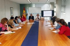 A secretaria xeral da Igualdade, Susana López Abella, e o delegado territorial, José Manuel Balseiro, informaron desta liña de subvencións que conta cun orzamento de máis de 807.000 euros