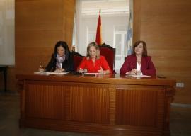 La secretaria general de la Igualdad, Susana López Abella, asistió hoy a la constitución de la mesa local de coordinación interinstitucional contra la violencia de género del ayuntamiento lucense de Viveiro
