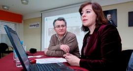 Susana López Abella visita o instituto monfortino A Pinguela