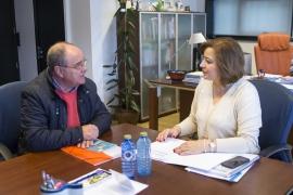 Susana López Abella mantivo esta mañá unha xuntanza de traballo co xerente da Fundación Eduardo Pondal, José María Varela